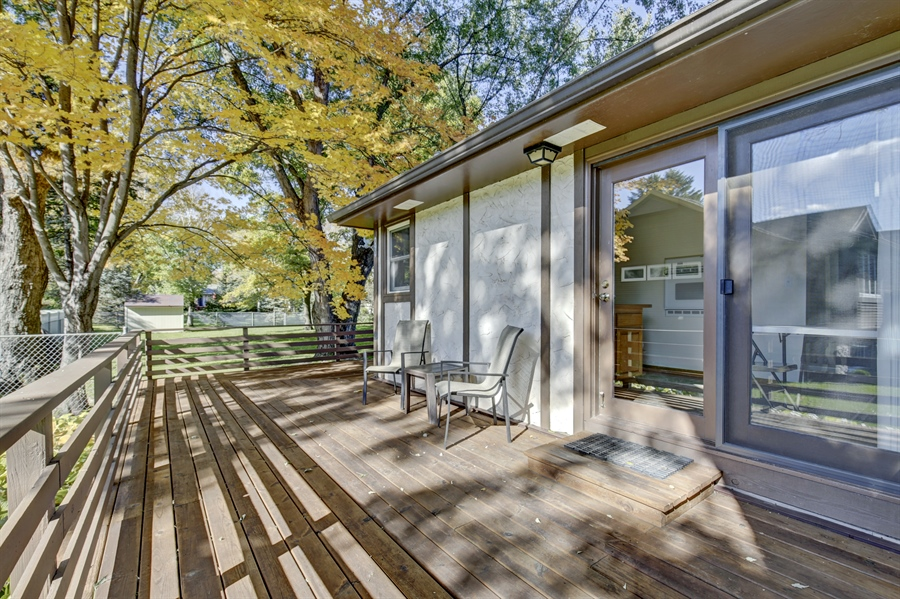 Real Estate Photography - 3027 Lake St, Maplewood, MN, 55109 - Deck