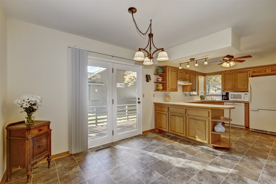Real Estate Photography - 3027 Lake St, Maplewood, MN, 55109 - Kitchen/Dining