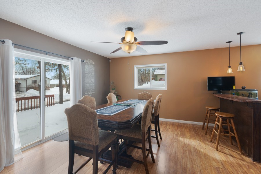 Real Estate Photography - 712 Country Pl, Burnsville, MN, 55337 - Dining Room