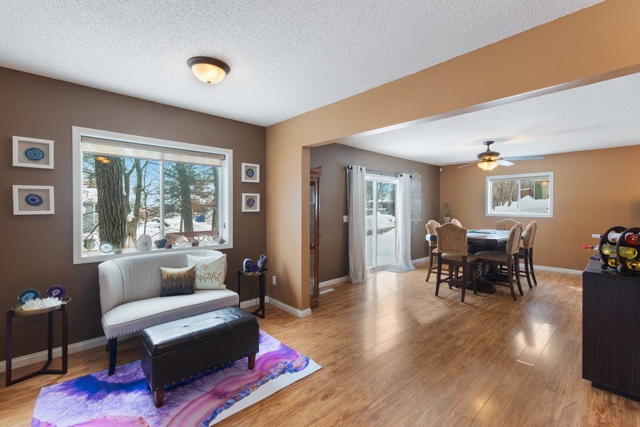 Real Estate Photography - 712 Country Pl, Burnsville, MN, 55337 - Family Room / Dining Room