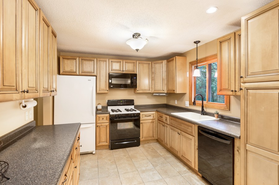 Real Estate Photography - 2069 Flanders Rd, North St Paul, MN, 55109 - Kitchen