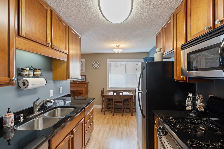 Real Estate Photography - 3540 Hennepin Avenue South, #111, Minneapolis, MN, 55408 -