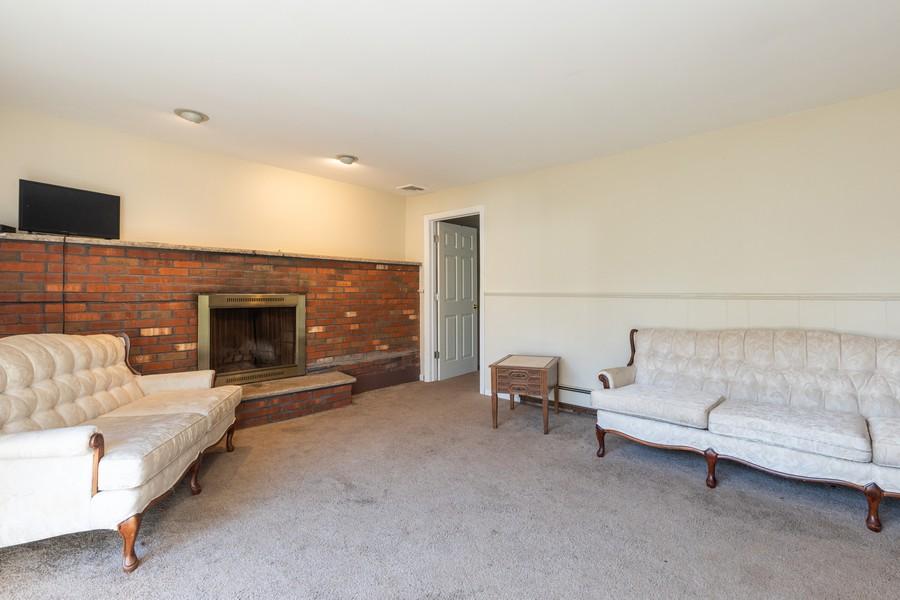 Real Estate Photography - 754 Buchanan Ct, Paramus, NJ, 07652 -
