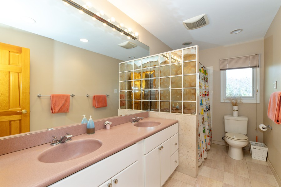 Real Estate Photography - 425 Lynn Street, Harrington Park, NJ, 07640 -