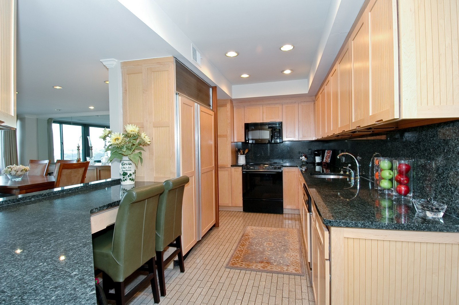 Real Estate Photography - 1700 Grandview Ave, Unit 603, Pittsburgh, PA, 15211 - Kitchen
