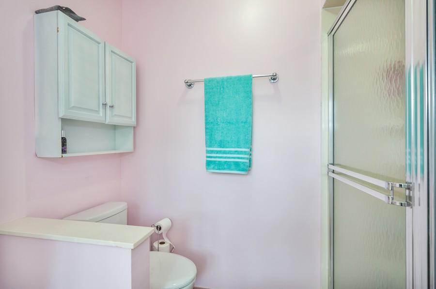 Real Estate Photography - 2100 Kilkenney Hill Rd, Matthews, NC, 28105 - Master Bathroom