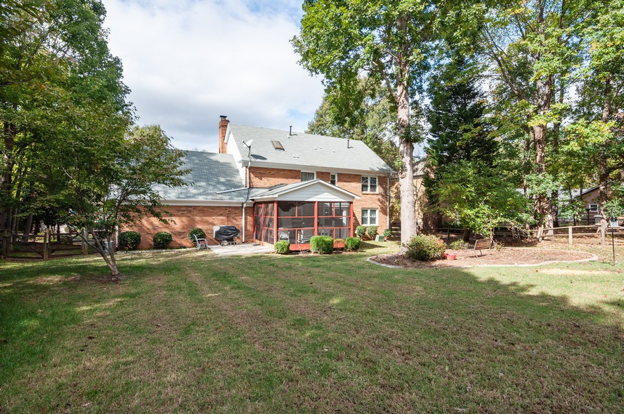 Real Estate Photography - 2100 Kilkenney Hill Rd, Matthews, NC, 28105 - Rear View