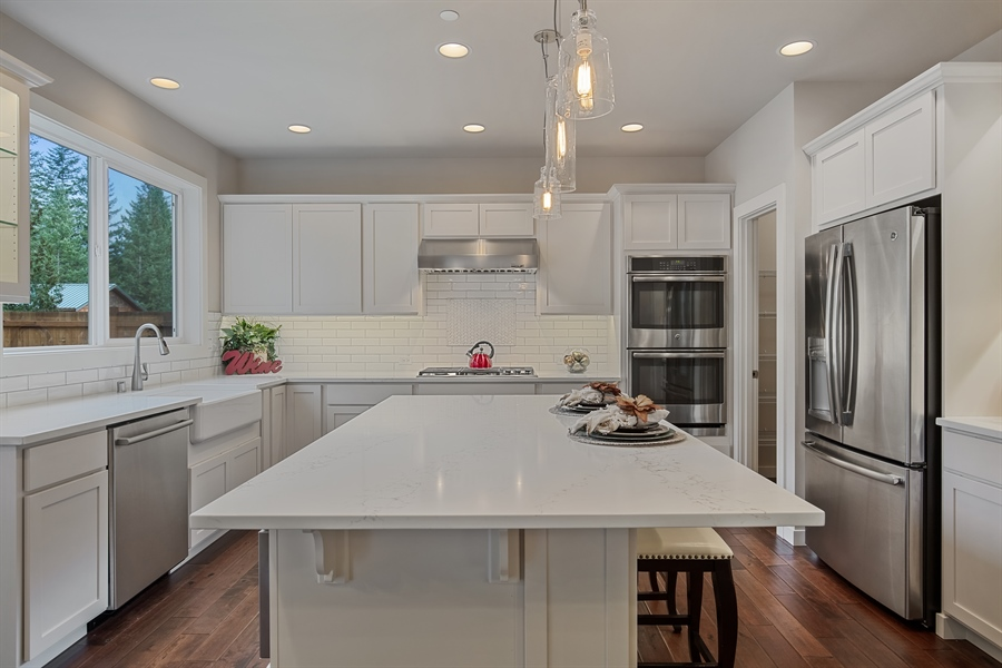 Real Estate Photography - 3580 SE 16th St, North Bend, WA, 98045 - Kitchen