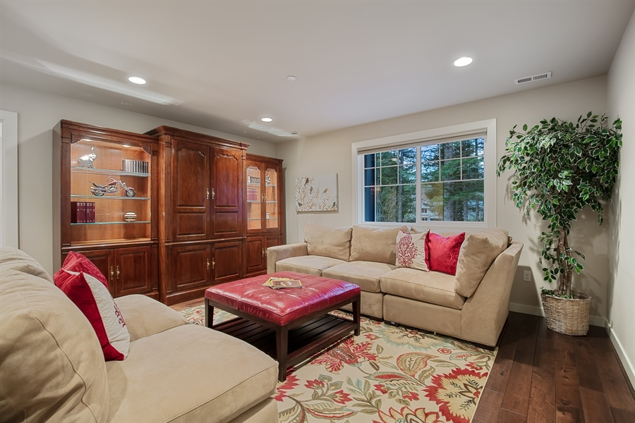 Real Estate Photography - 3580 SE 16th St, North Bend, WA, 98045 - Family Room