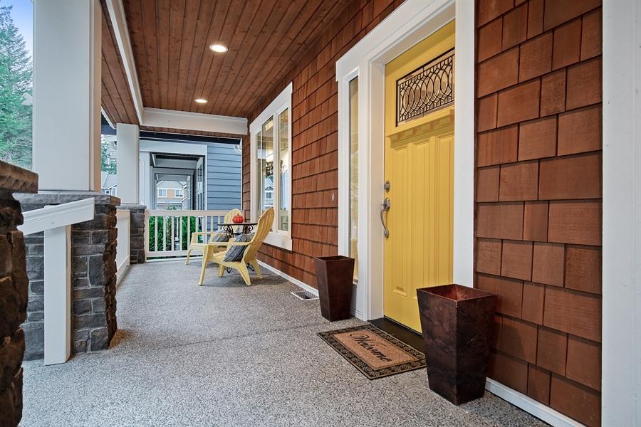 Real Estate Photography - 3580 SE 16th St, North Bend, WA, 98045 - Porch