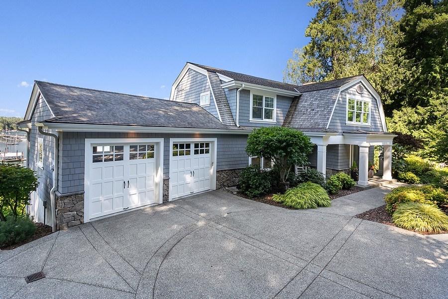 Real Estate Photography - 16480 Euclid Ave, Bainbridge Island, WA, 98110 - Front View