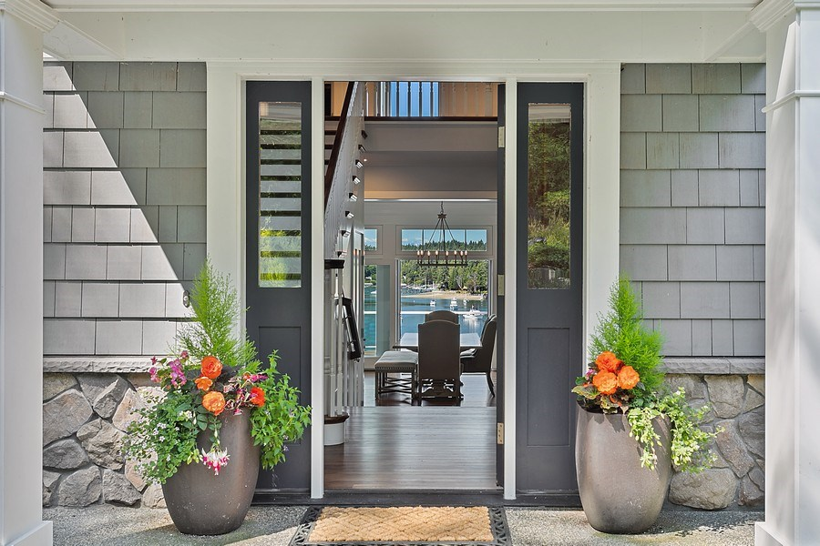 Real Estate Photography - 16480 Euclid Ave, Bainbridge Island, WA, 98110 - Entryway