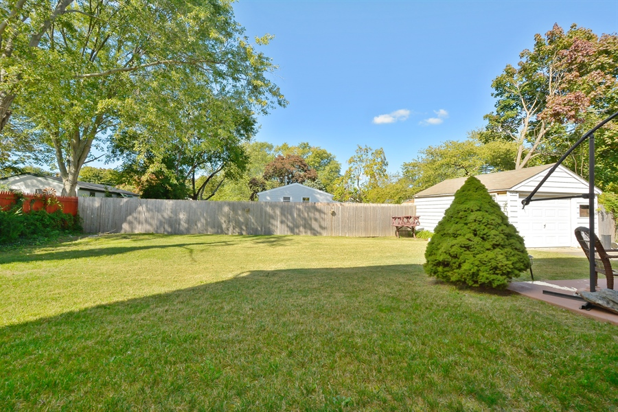Real Estate Photography - 3 Tamarack, Central Islip, NY, 11722 - Back Yard