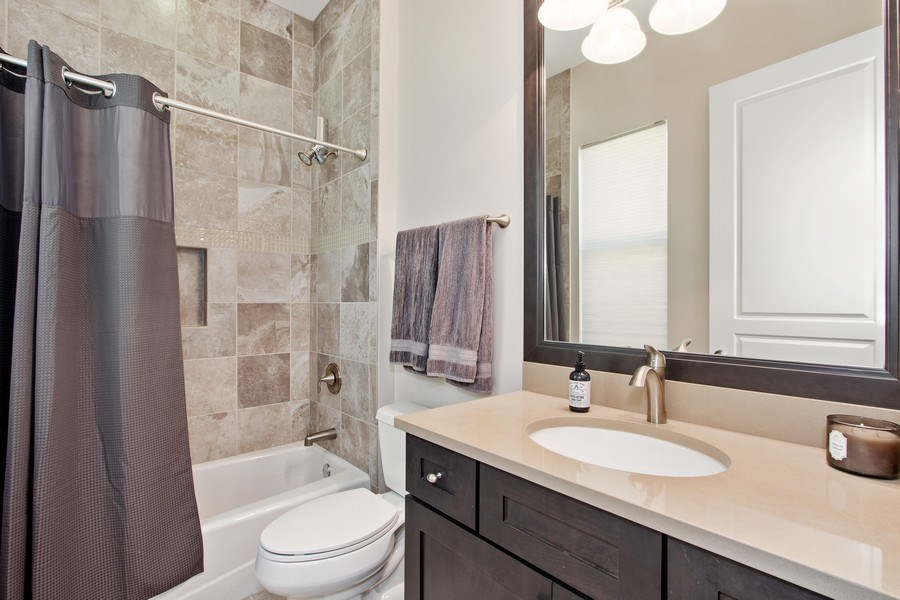 Real Estate Photography - 6751 Mossy Glen Drive, Ft. Myers, FL, 33908 - 2nd Bathroom