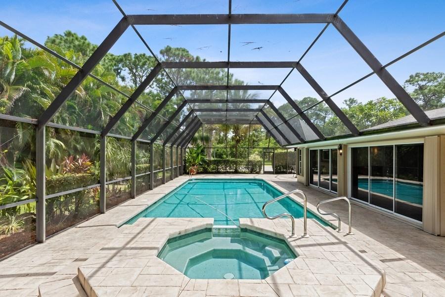 Real Estate Photography - 13502 Brynwood Lane, Ft. Myers, FL, 33912 - Spa