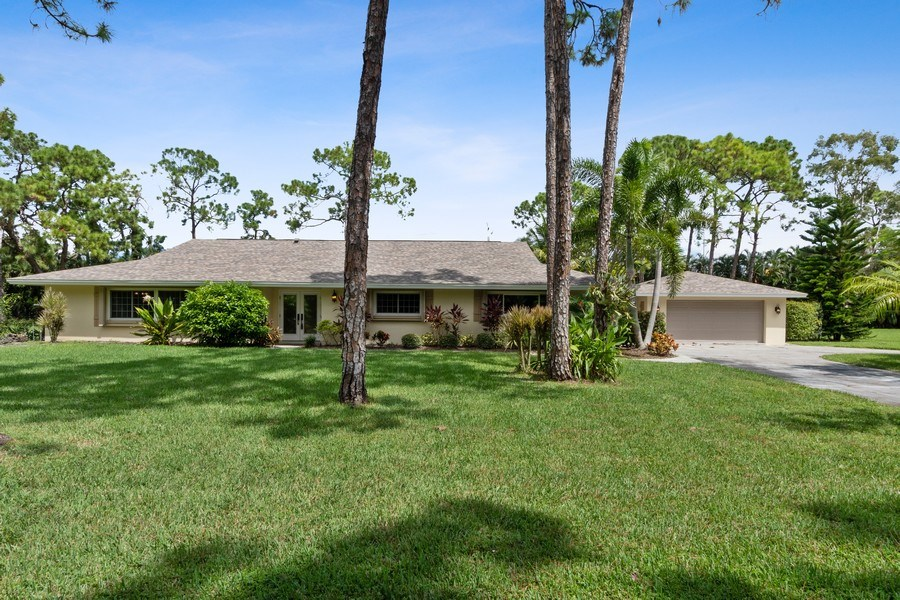 Real Estate Photography - 13502 Brynwood Lane, Ft. Myers, FL, 33912 - Front View