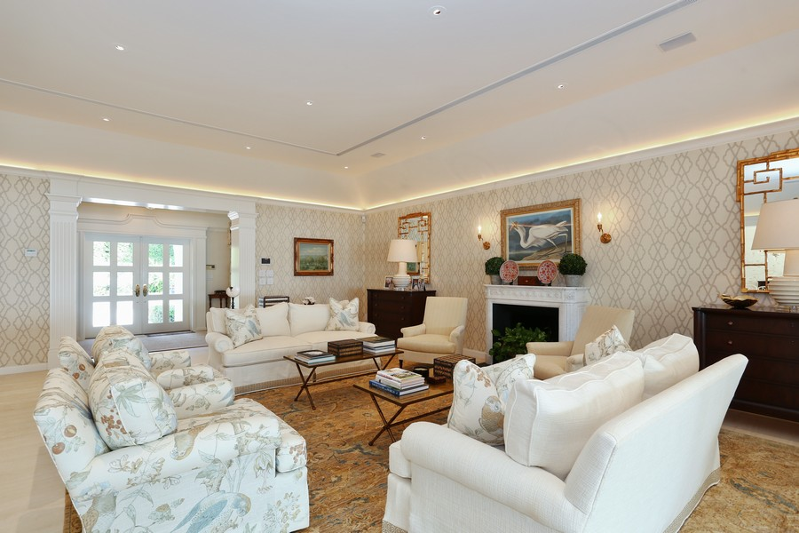 Real Estate Photography - 326 Via Linda, Palm Beach, FL, 33480 - Living Room