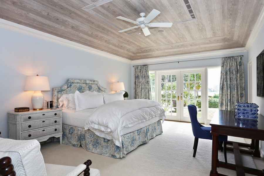 Real Estate Photography - 326 Via Linda, Palm Beach, FL, 33480 - Guest Bedroom