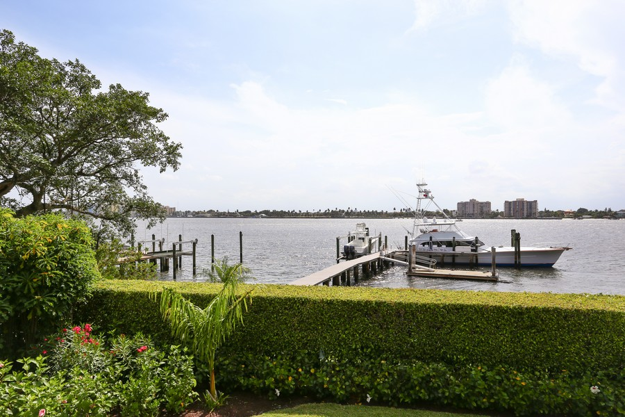 Real Estate Photography - 326 Via Linda, Palm Beach, FL, 33480 - Intracoastal View