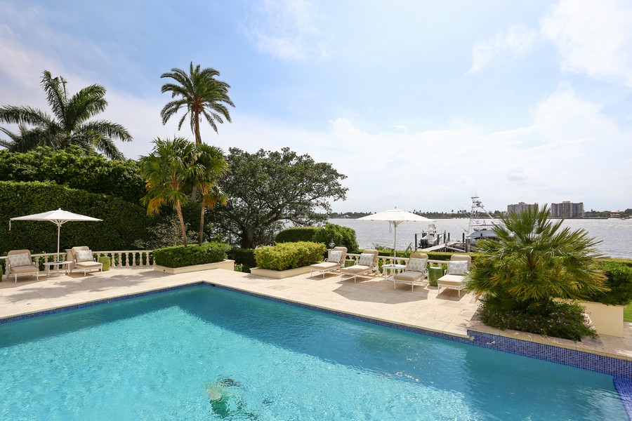 Real Estate Photography - 326 Via Linda, Palm Beach, FL, 33480 - Pool