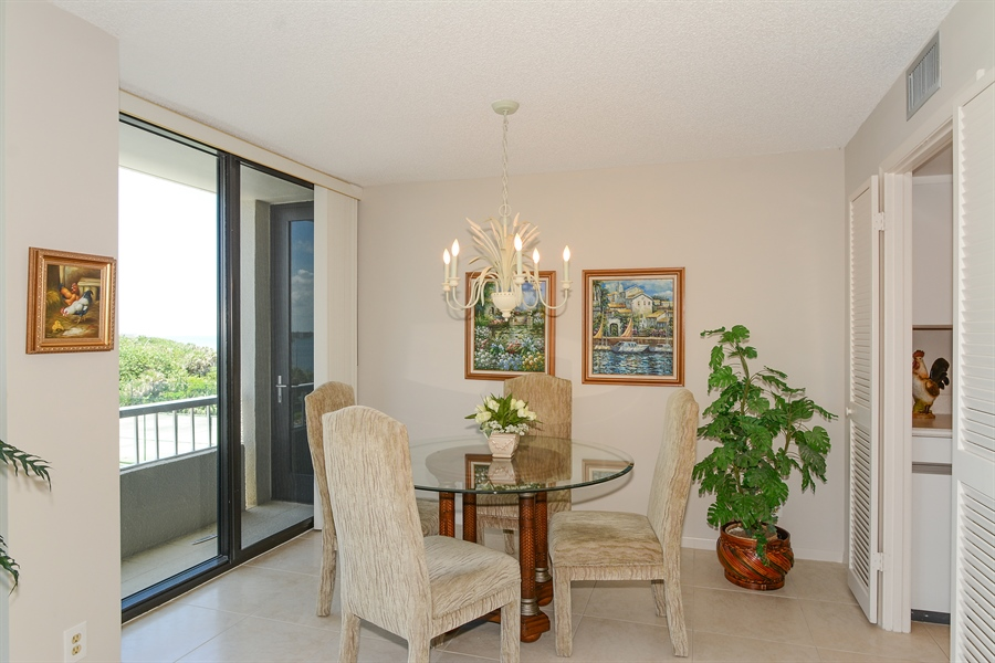 Real Estate Photography - 5540 N. Ocean Drive, 3D, Riviera Beach, FL, 33404 - Dining Room