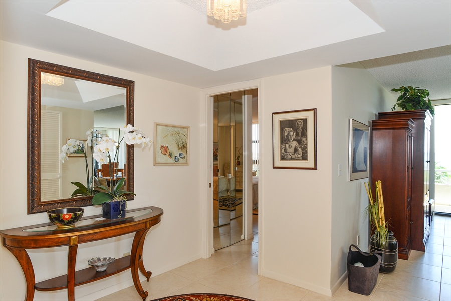Real Estate Photography - 5540 N. Ocean Drive, 3D, Riviera Beach, FL, 33404 - Foyer