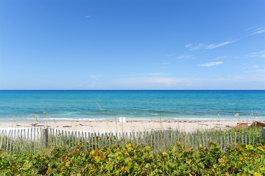 Real Estate Photography - 5540 N. Ocean Drive, 3D, Riviera Beach, FL, 33404 - Ocean View