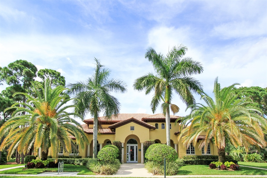 Real Estate Photography - 123 Barcelona Dr, Jupiter, FL, 33458 - Clubhouse