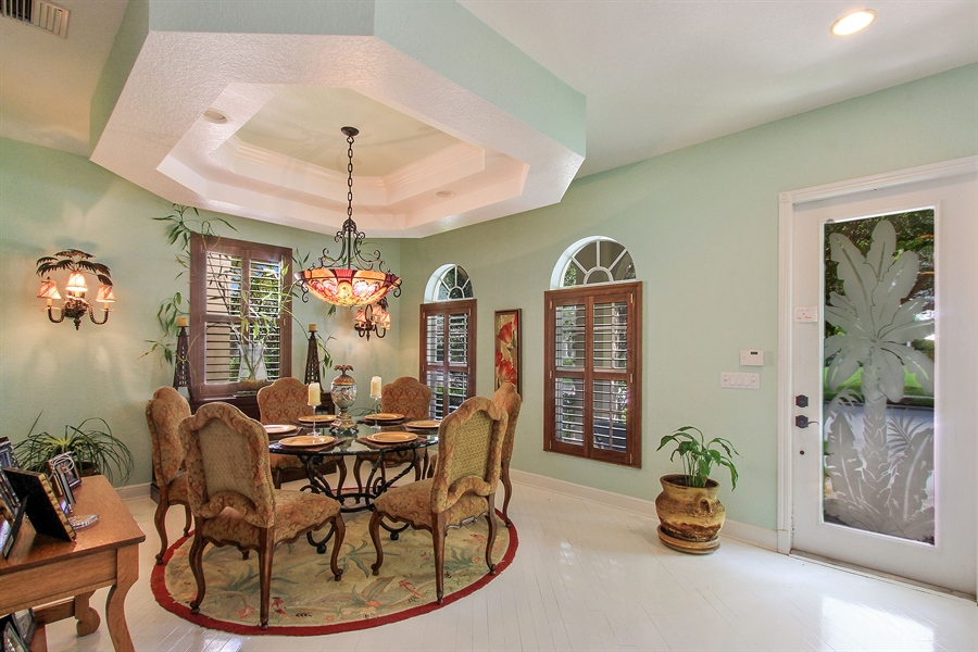 Real Estate Photography - 123 Barcelona Dr, Jupiter, FL, 33458 - Foyer/Dining Room