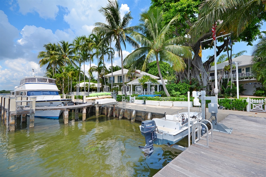 Real Estate Photography - 400 Caribbean, Palm Beach, FL, 33480 - Waterfront