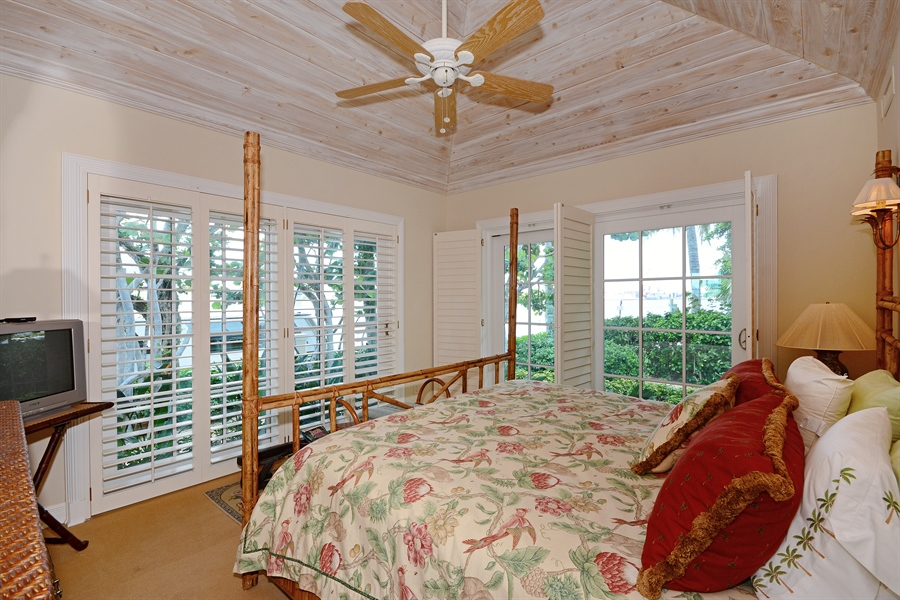 Real Estate Photography - 400 Caribbean, Palm Beach, FL, 33480 - 2nd Bedroom