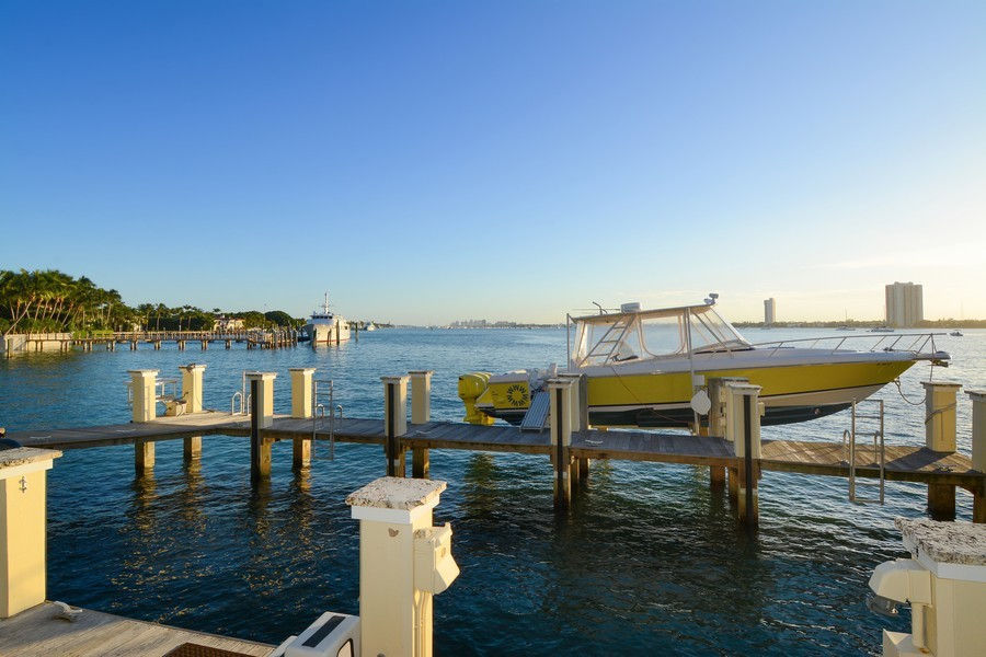 Real Estate Photography - 400 Caribbean, Palm Beach, FL, 33480 - Intracoastal View