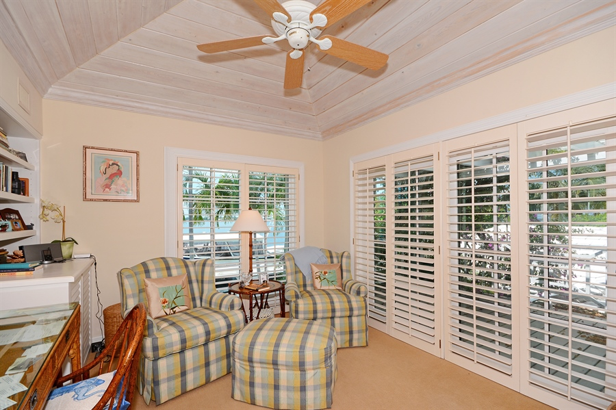Real Estate Photography - 400 Caribbean, Palm Beach, FL, 33480 - Office