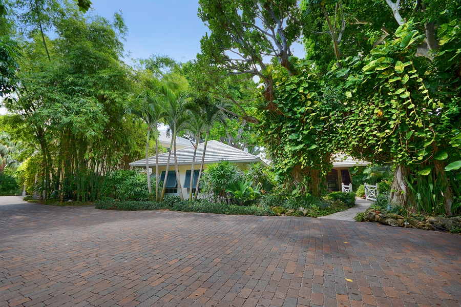 Real Estate Photography - 400 Caribbean, Palm Beach, FL, 33480 - Front View
