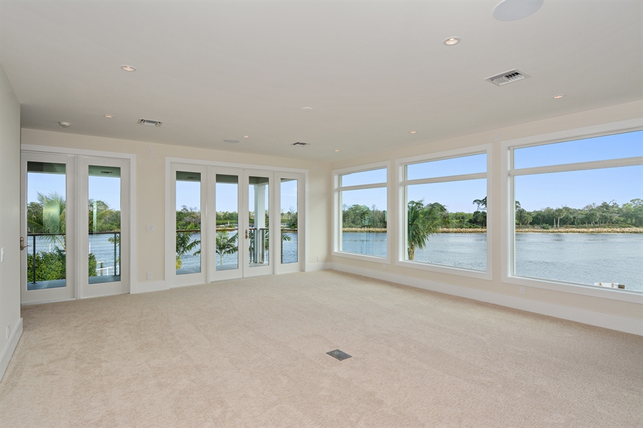 Real Estate Photography - 14490 Cypress Island Cir, Palm Beach Gardens, FL, 33410 - Master Bedroom