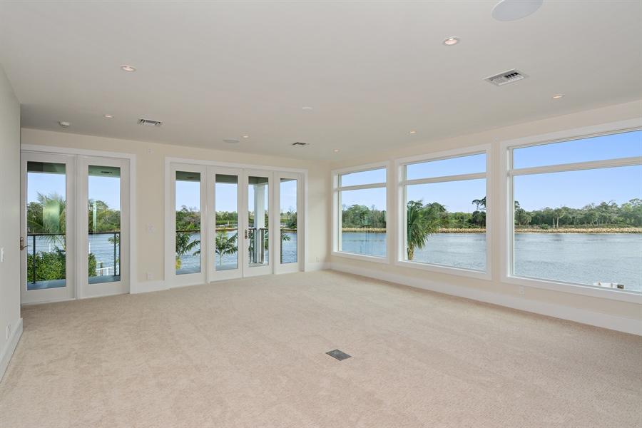 Real Estate Photography - 14490 Cypress Island Cir, Palm Beach Gardens, FL, 33410 - Master Bedroom