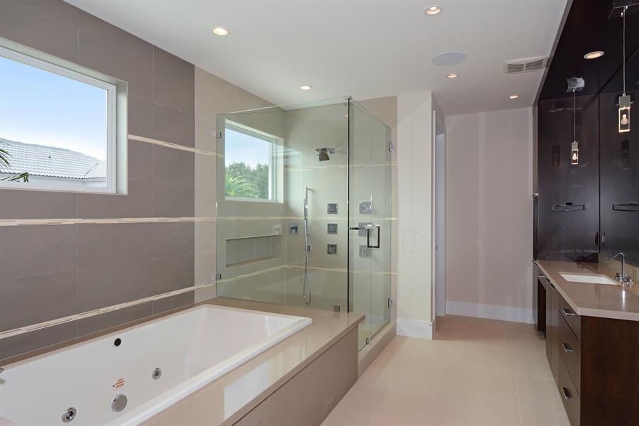 Real Estate Photography - 14490 Cypress Island Cir, Palm Beach Gardens, FL, 33410 - Her Bathroom