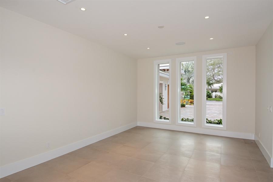 Real Estate Photography - 14490 Cypress Island Cir, Palm Beach Gardens, FL, 33410 - Dining Room