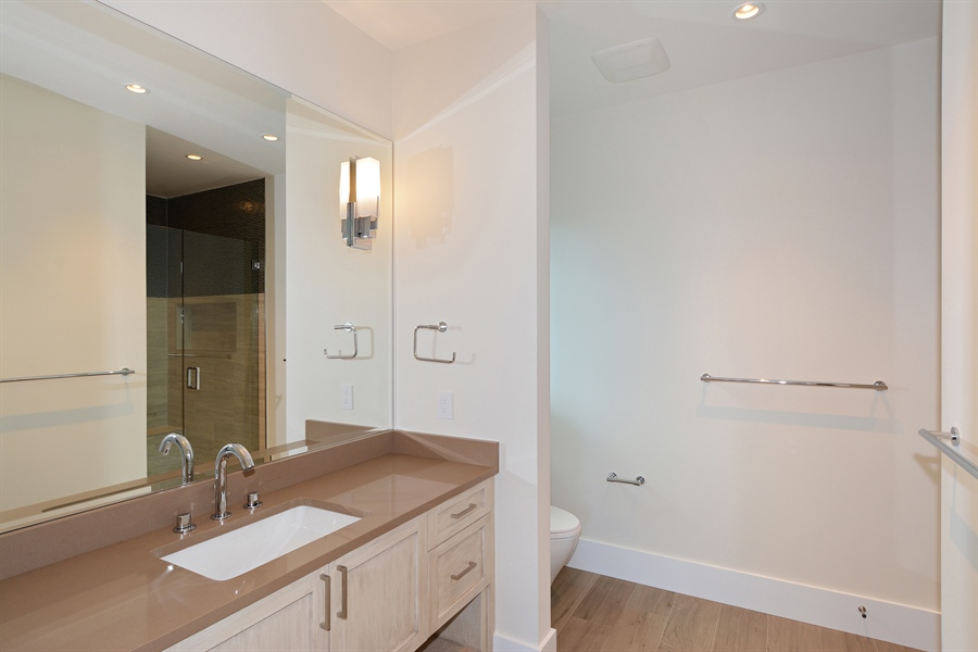 Real Estate Photography - 14490 Cypress Island Cir, Palm Beach Gardens, FL, 33410 - Bathroom