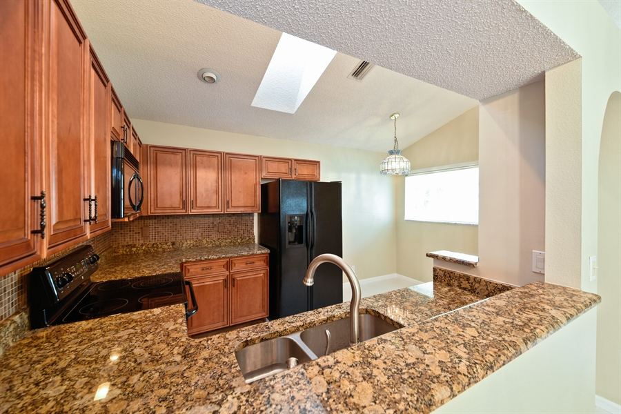 Real Estate Photography - 9111 Baybury Ln,, West Palm Beach, FL, 33411 - Kitchen / Breakfast Room