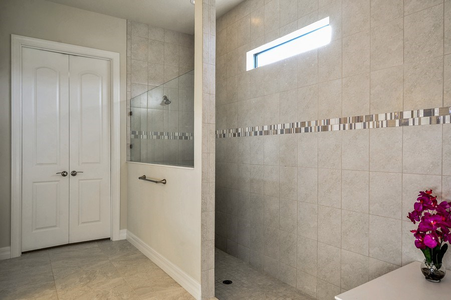 Real Estate Photography - 206 Alcove point lane, Jupiter, FL, 33478 - Master Bathroom