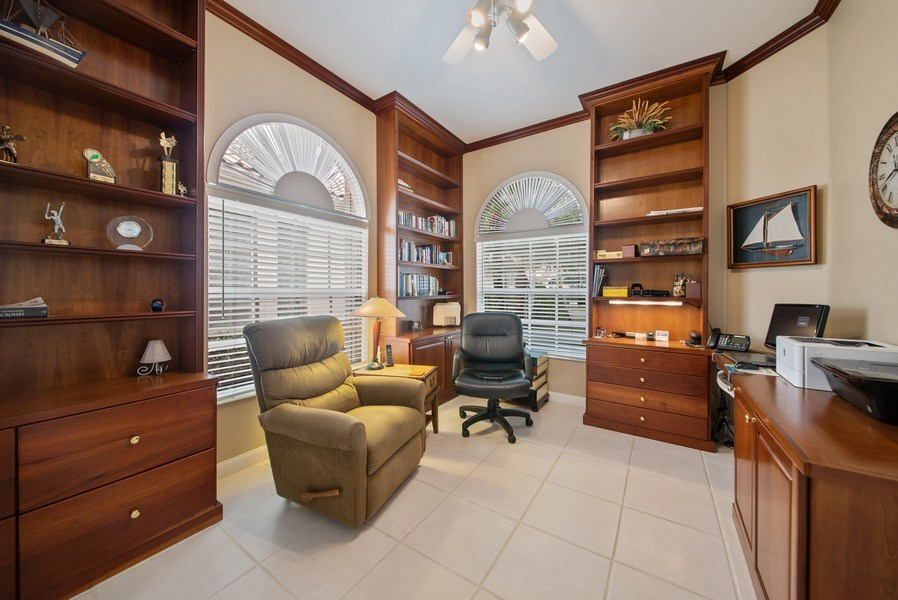 Real Estate Photography - 7706 Red River Rd, West Palm Beach, FL, 33411 - Office