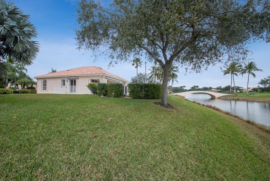Real Estate Photography - 7586 Quida Drive, West Palm Beach, FL, 33411 - Side View