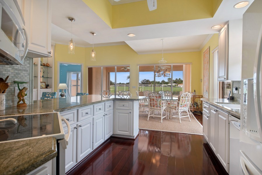 Real Estate Photography - 7586 Quida Drive, West Palm Beach, FL, 33411 - Kitchen / Dining Room