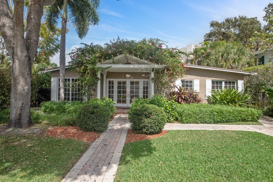 Real Estate Photography - 281 Flamingo Drive, West Palm Beach, FL, 33401 - Front View