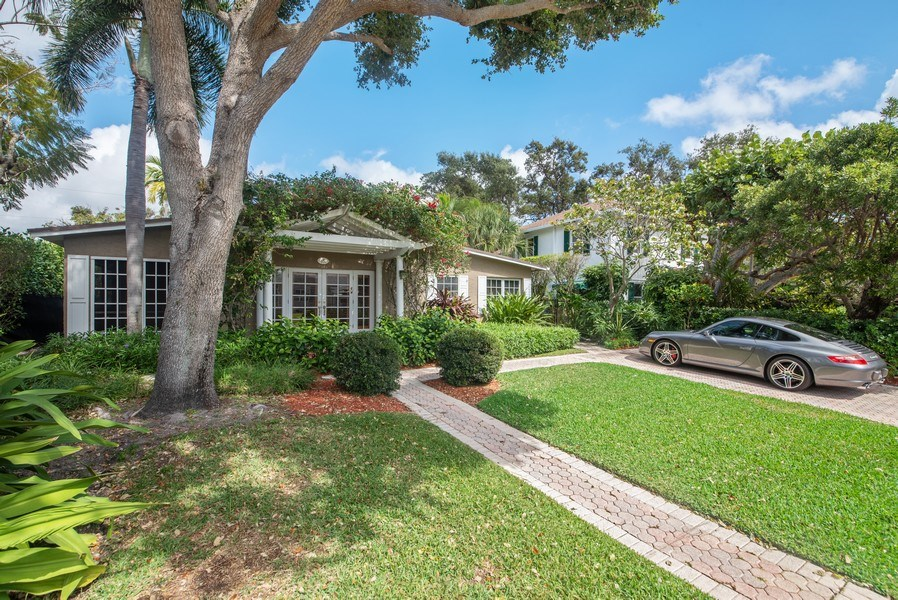 Real Estate Photography - 281 Flamingo Drive, West Palm Beach, FL, 33401 - Side View