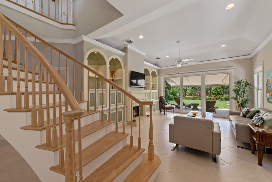 Real Estate Photography - 14523 Cypress Island Circle, Palm Beach Gardens, FL, 33410 - Entryway