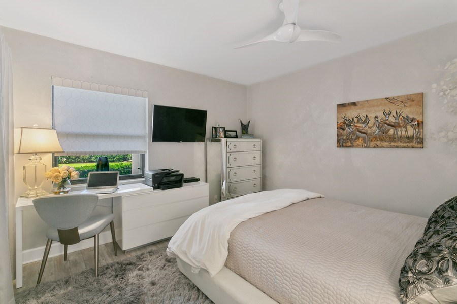 Real Estate Photography - 356 Golfview rd, unit 109, North Palm Beach, FL, 33408 - 2nd Bedroom