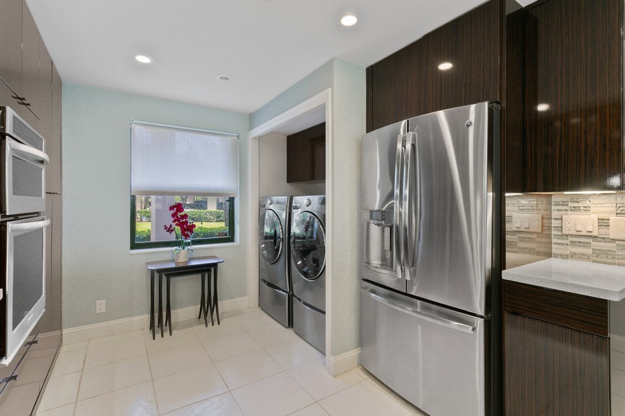 Real Estate Photography - 356 Golfview rd, unit 109, North Palm Beach, FL, 33408 - Kitchen