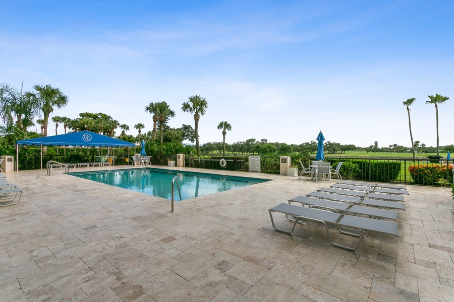 Real Estate Photography - 356 Golfview rd, unit 109, North Palm Beach, FL, 33408 - Pool